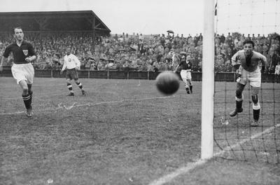 Mecz piłki nożnej Dania - Polska w Kopenhadze, 1932, archiwum NAC